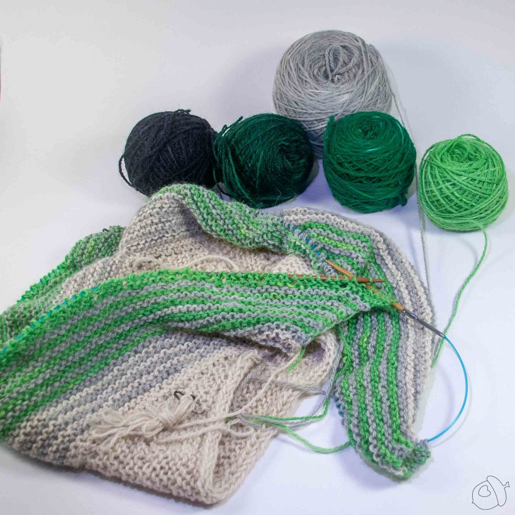 progress on the High Sierra Shawl sample in LGF Suris, green combo